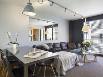 Executive Corporate Apartment in Barcelona for 6