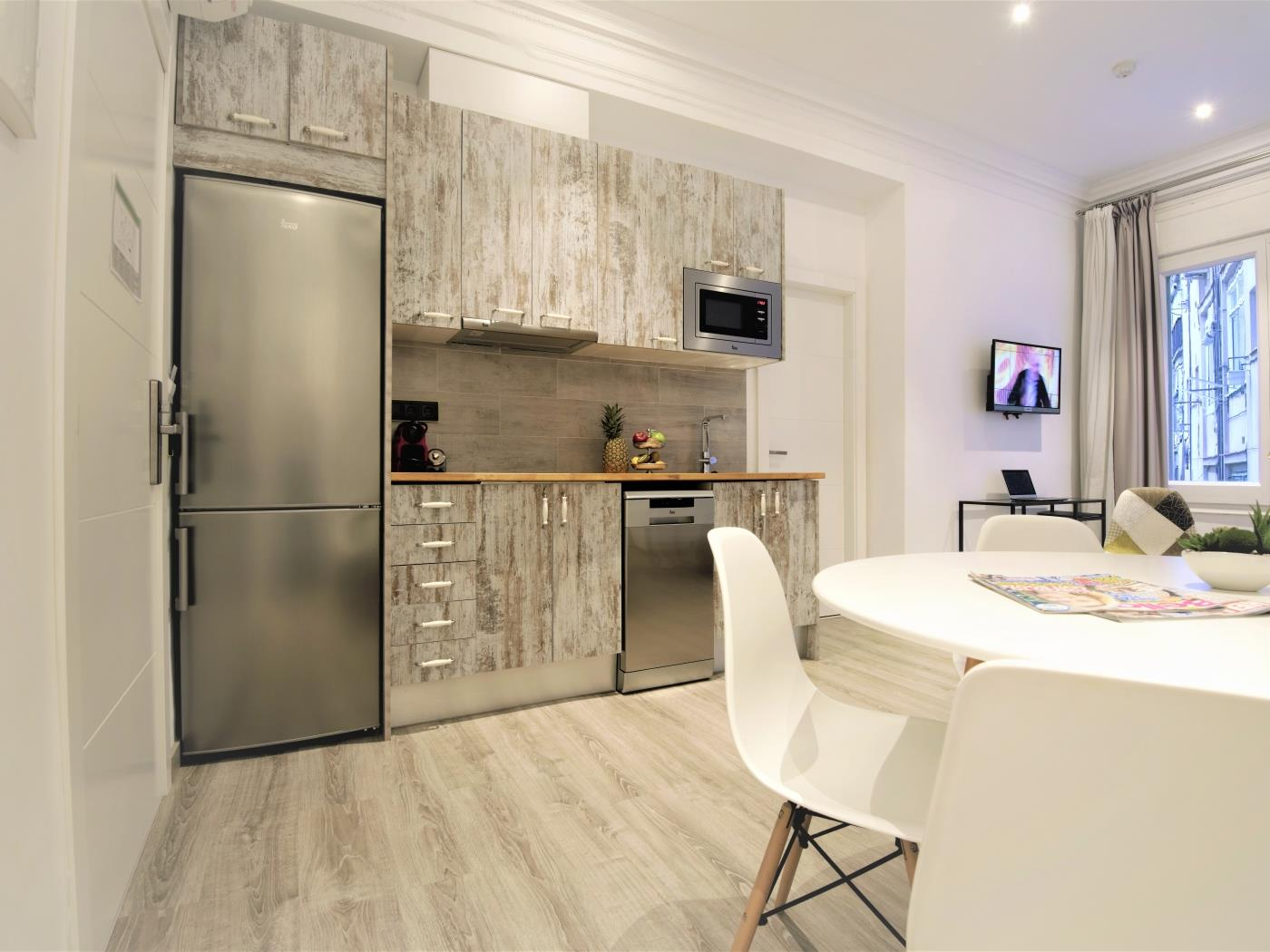 City Center Diagonal spacious apartment for 4 - My Space Barcelona Appartementen