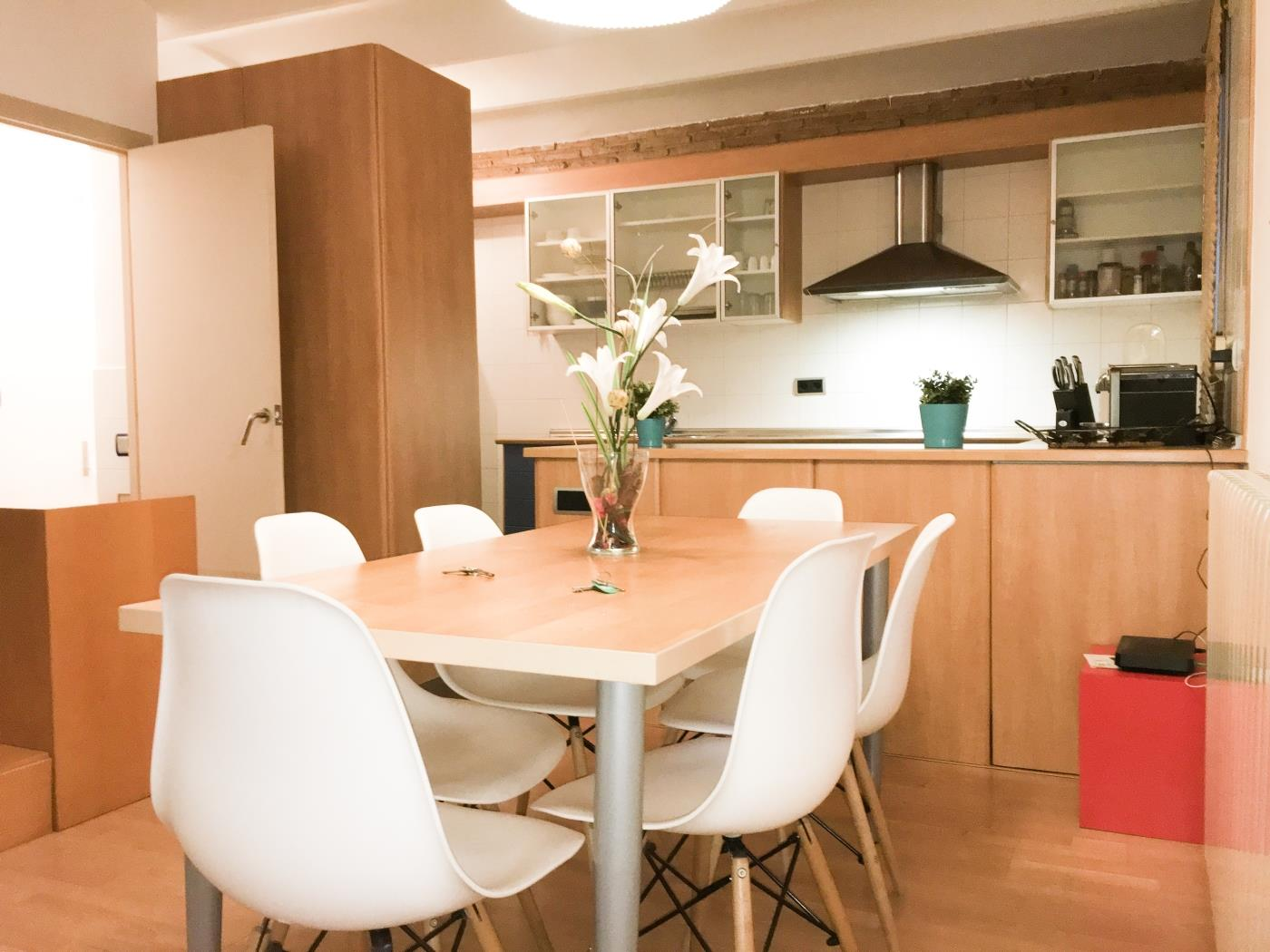 Duplex with best location and optional parking in the centre in Gràcia for 6 - My Space Barcelona Appartementen