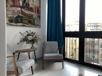 Lovely apartment for long term rentals in the city